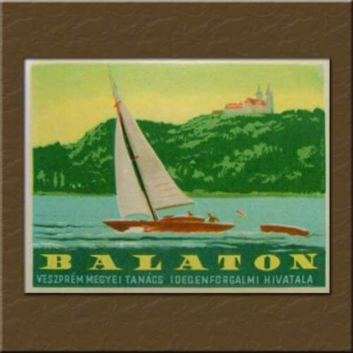 Balatoni ajándéktárgyak, retró plakátok, képek
